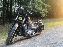 Yamaha Drag Star 400 Custom Bobber