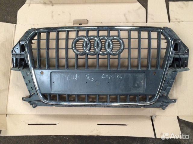 Решетка радиатора Ауди Q3— фотография №1