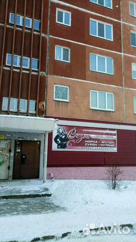 Продается четырехкомнатная квартира за 2 400 000 рублей. Каменск-Уральский, Свердловская область, улица Суворова, 15.
