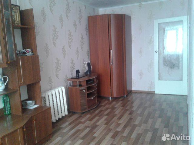 Продается двухкомнатная квартира за 900 000 рублей. Балашов, Саратовская область, Астраханская улица, 87.