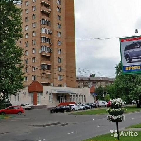 Продается трехкомнатная квартира за 12 800 000 рублей. улица Зои и Александра Космодемьянских, 42.