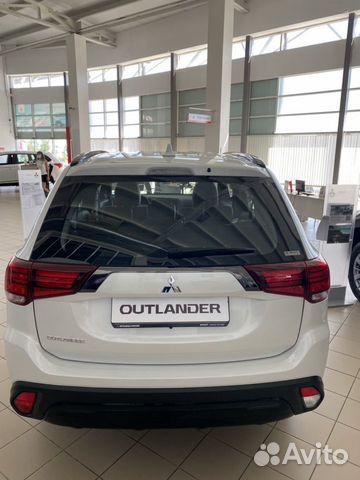 Mitsubishi Outlander, 2020