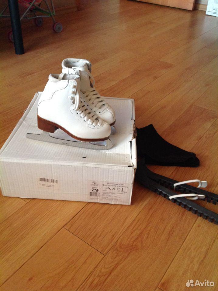 Профессиональные фигурные коньки 29 размер  89146382721 купить 1